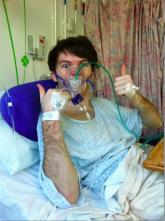 Stephen Sutton Sticking up thumbs