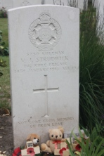 The grave of V.J. Strudwick at Essex Farm.