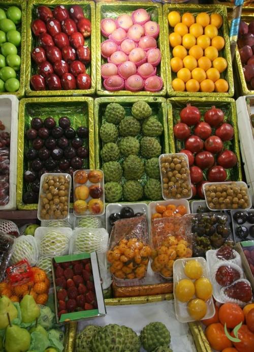 organic fruits at a fruit stall